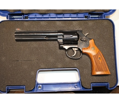 Smith & Wesson 586 6